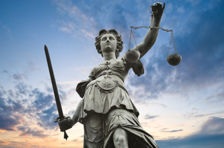 Les-solutions-pour-consulter-son-casier-judiciaire-.jpg